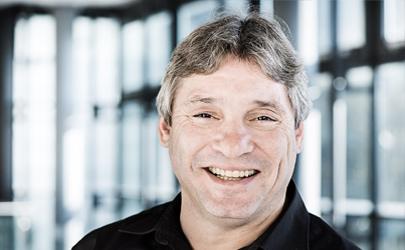Hagen Büttner : Logistics and Export