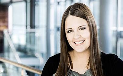 Katrin Hohmann : Sales Manager