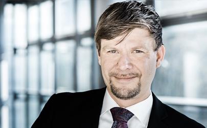 Sascha Deuster : Sales Manager