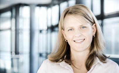Anita Schweighofer : Sales Manager